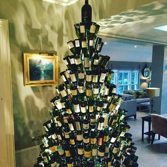 Wine And Dine Christmas Tree Ideas