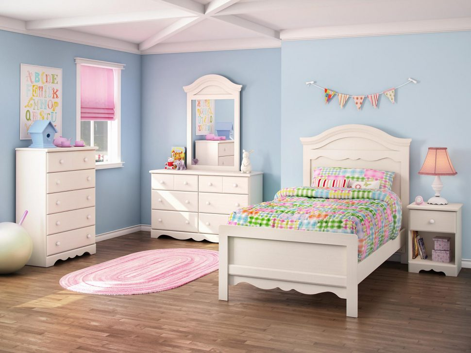 Teenage Girl Bedroom Decorating Idea