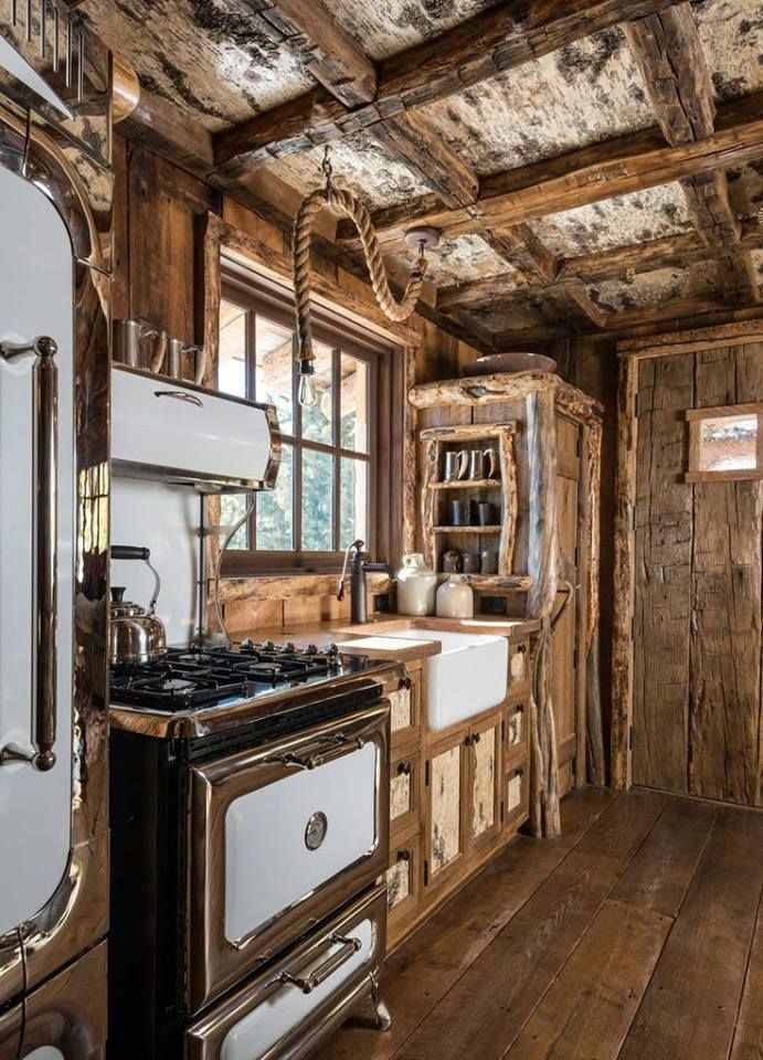 Cabin in The Wood Kitchen