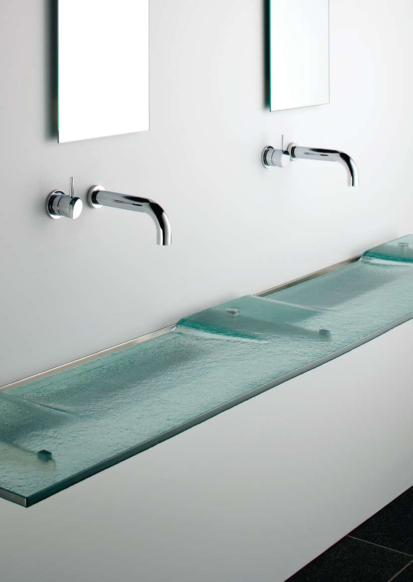 Washplane Sink for a Sleek Hotel Feel